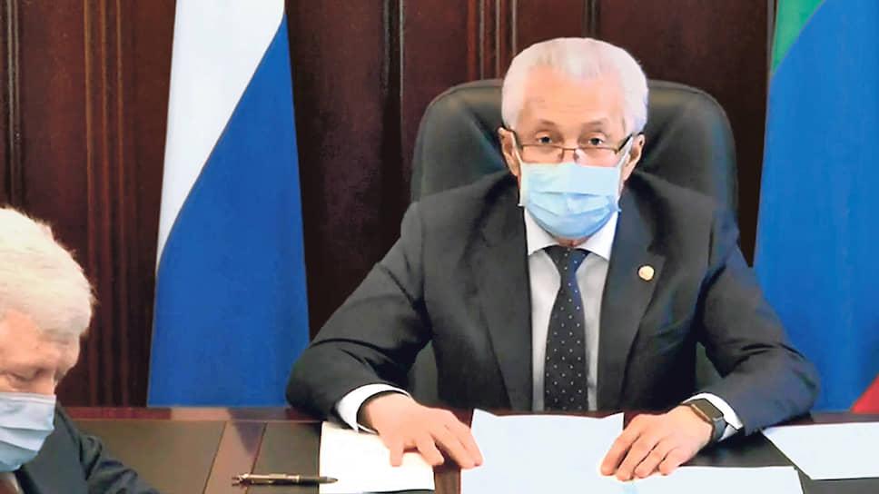 Ситуацию в Дагестане Владимир Васильев оценивает как очень серьезную