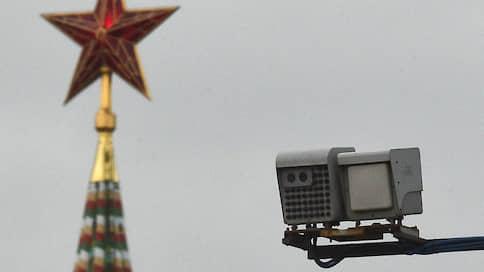 Рынку камер обеспечат камерность // Дочка Ростеха может получить контроль над комплексами фиксации нарушений ПДД во всей стране