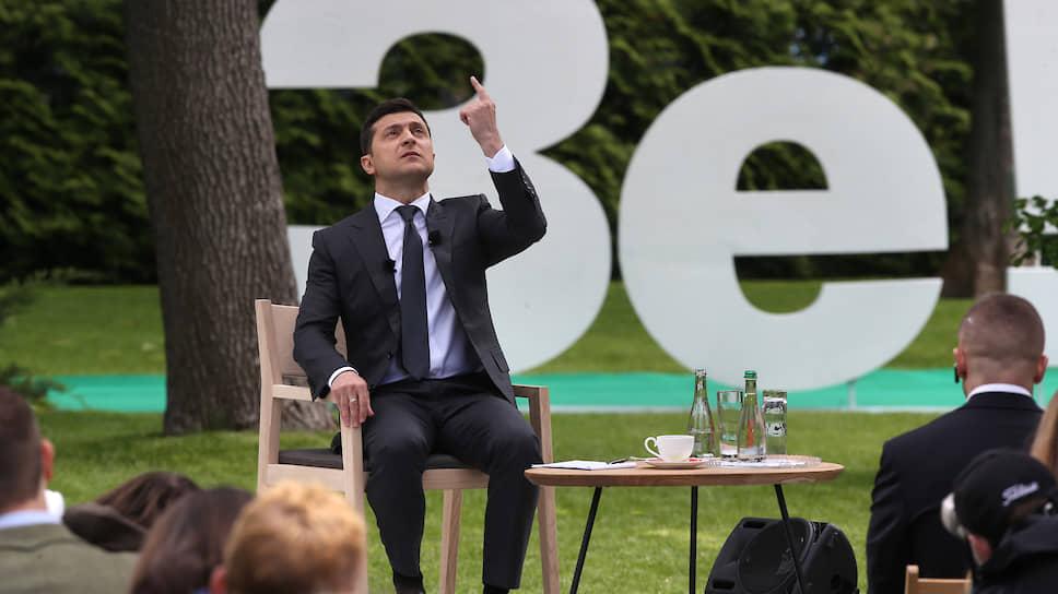 Владимир Зеленский на пальцах объяснил, что одного президентского срока для осуществления задуманного ему может и не хватить