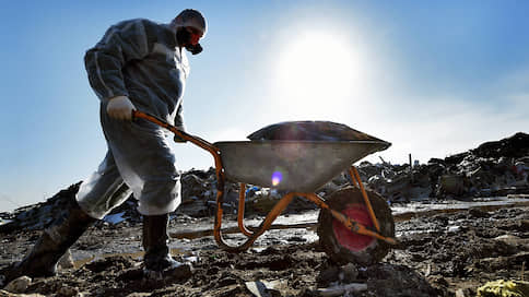 Переработка подходов  / Российский экологический оператор похоронит мусор на полигонах и в огне