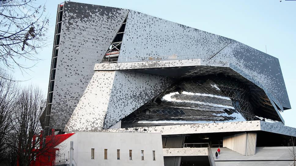 Здание Парижской филармонии