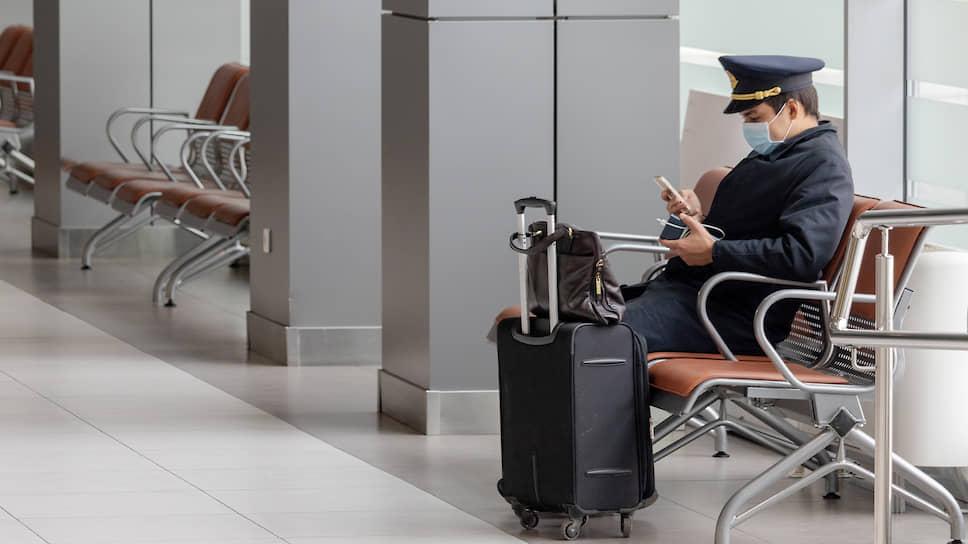 Кресла готовят к полету / Авиакомпании планируют повезти пассажиров на российские курорты
