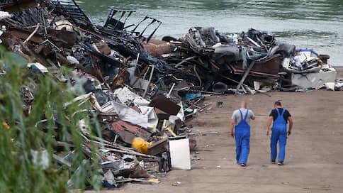 Лому готовят прием в России  / Металлурги просят ограничить экспорт вторсырья