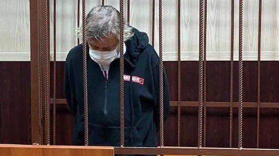 Михаила Ефремова взяли и вскоре отпустили