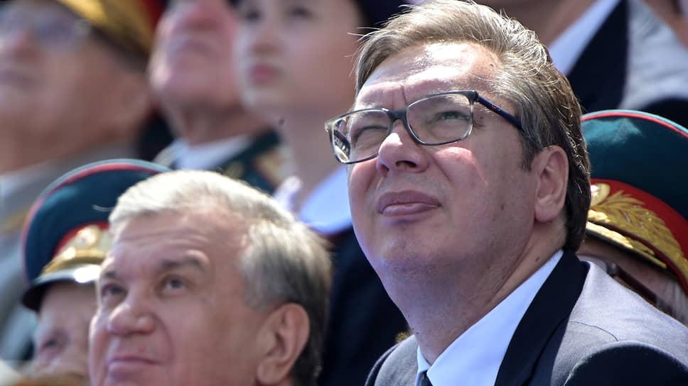 Президент Сербии Александр Вучич (справа) признался, что обсудил в Кремле «идеи и способы решения косовской проблемы» и «получил от президента Путина определенные советы и хороший анализ»