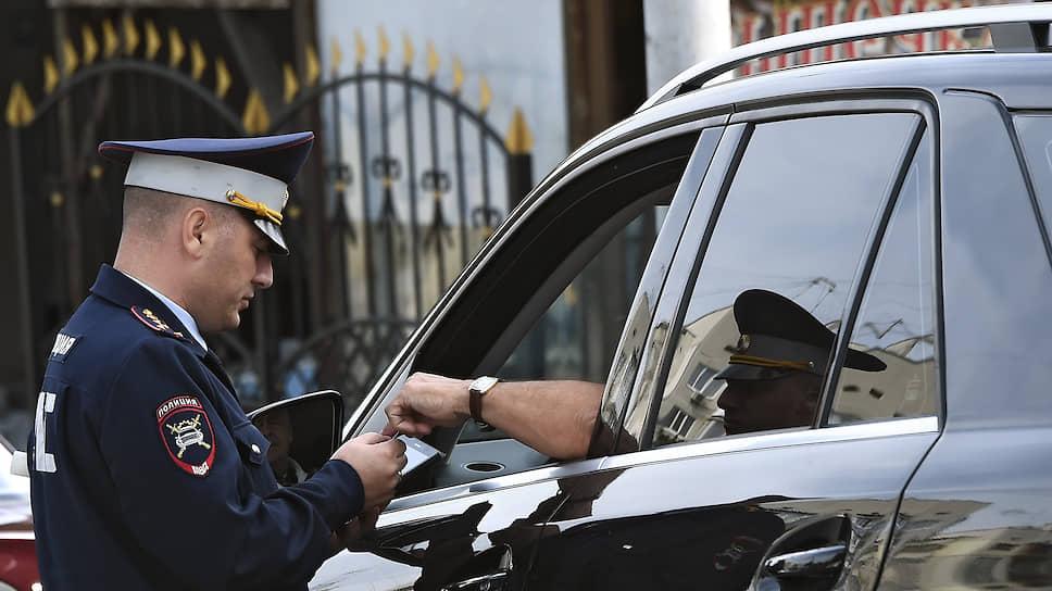 Конституционный суд вмешался в спор водителей и инспекторов