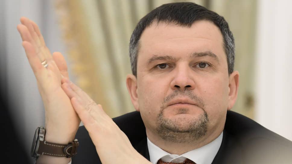 Сдвиг старта федерального проекта «Цифровой регион» авторы (на фото — глава рабочей группы, гендиректор «Почты России» Максим Акимов) хотят использовать для его доработки