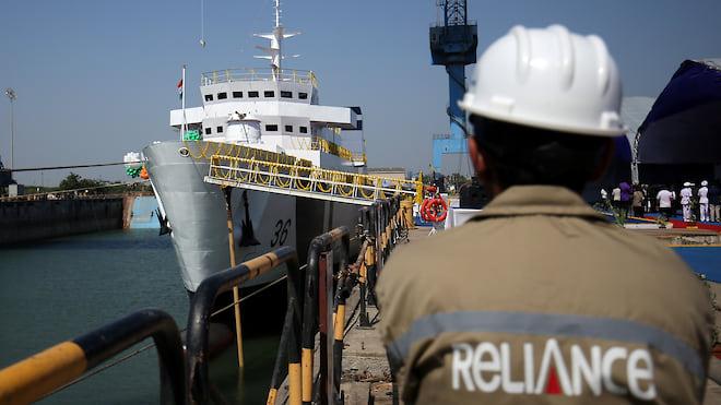 ОСК пошла за три моря  / Корпорация может купить верфь в Индии