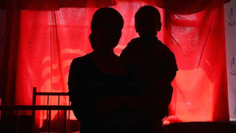Детей доверят судьям  / Законопроект о процедуре изъятия ребенка из семьи внесен в Госдуму