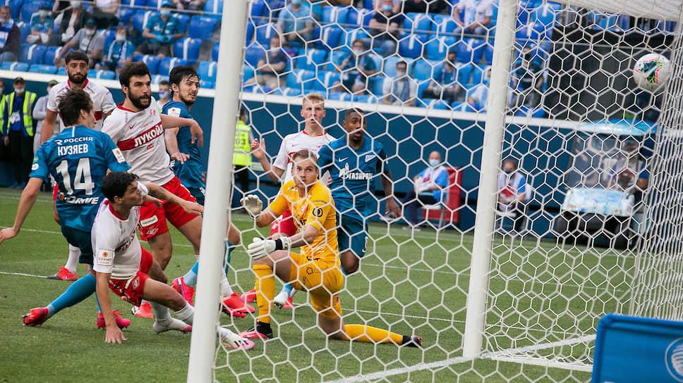 Гол Далера Кузяева в ворота «Спартака» вывел «Зенит» в финал Кубка России