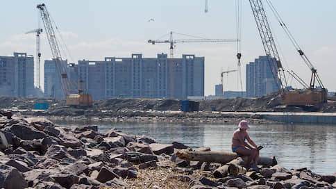 Девелоперы настроились на кризис // Восстановления жилищного рынка придется ждать годами