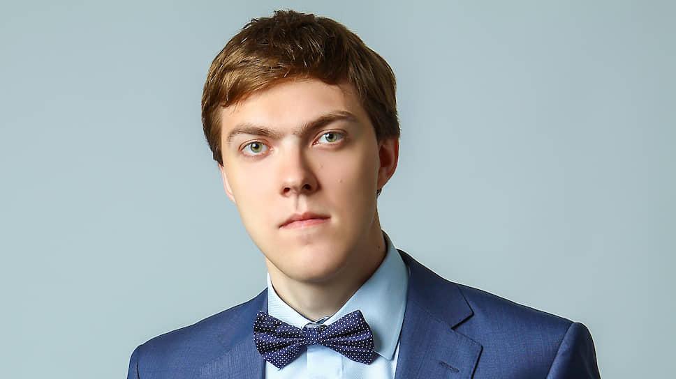 Руководитель центра анализа НПФ «Сафмар» Евгений Биезбардис о стагнации рынка услуг НПФ