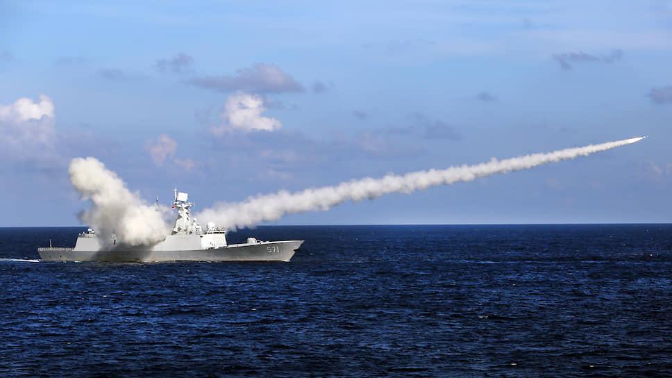 Китай показал, кто в море хозяин