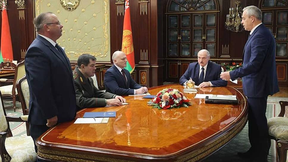 Президент Белоруссии Александр Лукашенко рассмотрел кадровые вопросы