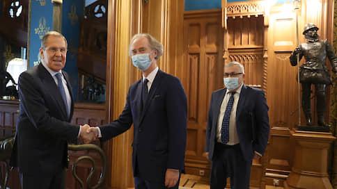 Москва обещала ООН помочь с сирийцами  / Спецпредставитель генсека по Сирии встретился с Сергеем Лавровым и Сергеем Шойгу