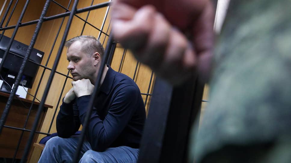 Находясь под следствием, Михаил Барышев оформил уже три явки с повинной