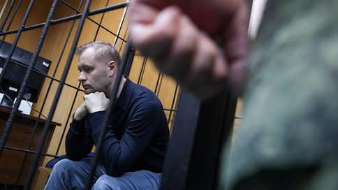 У полковника Барышева не все явки провалены // Экс-начальник ЦСКА дал показания на заместителя начальника главного военного следствия