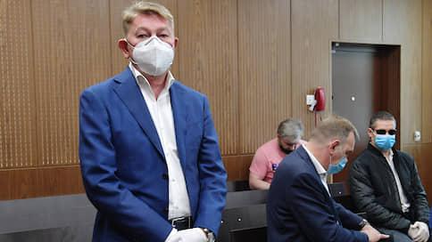 Прокурору вернули Россию // Суд не поверил в размер хищений с президентских бортов