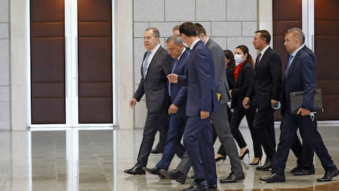 Экономика должна быть просирийской  / Сергей Лавров и Юрий Борисов обсудили в Дамаске новые рамки сотрудничества с Дамаском