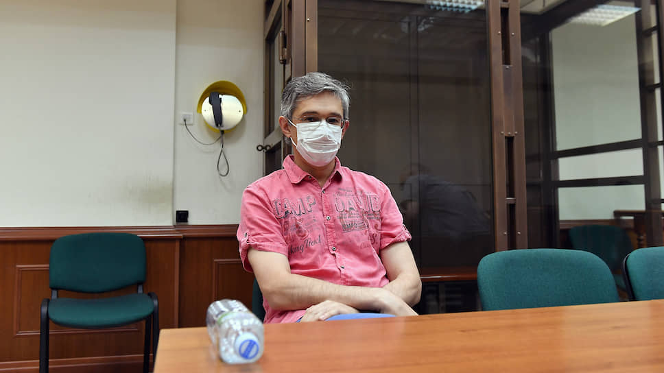 Александр Повалко отстранен от должности по решению суда