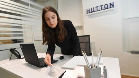 Hutton не понравились скандалы  / Девелопер продал спорную площадку