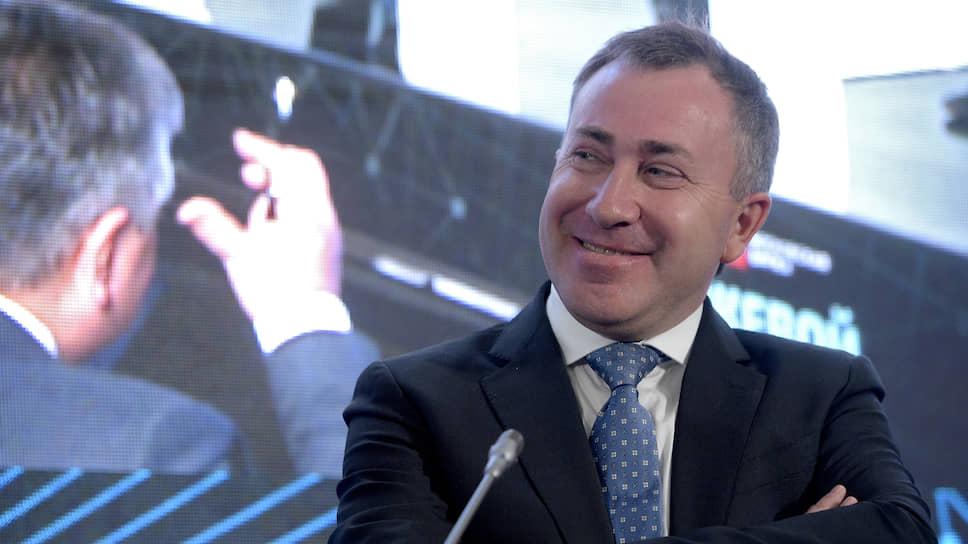 Президент НАУФОРа Алексей Тимофеев о том, что дает российскому финансовому рынку возможность торговать на нем иностранными акция