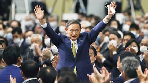 Ёсихидэ Суга занялся телефонной дипломатией  / Новый японский премьер проявил невиданную активность