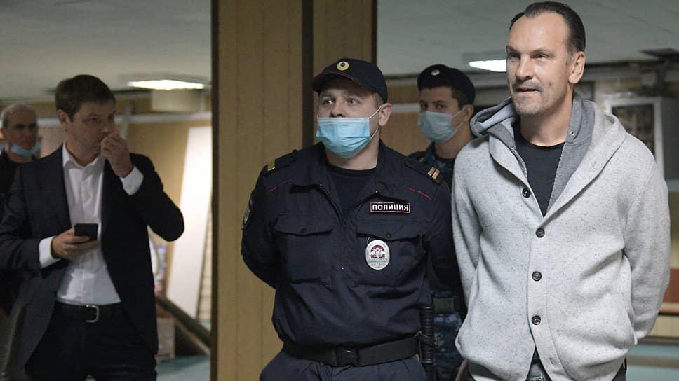 У защитников Михаила Хабарова (на фото) нашлось множество аргументов против ареста, но суд их не принял