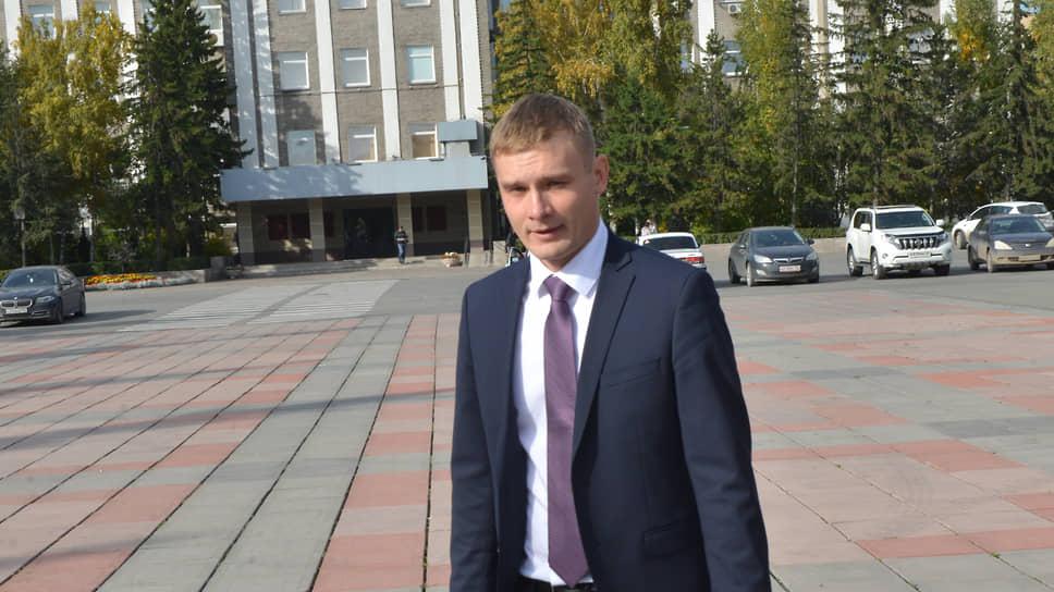 Михаил Леонтьев снова ответит за дебила