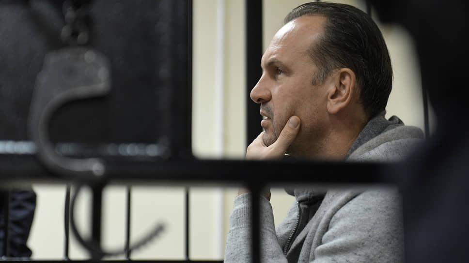 Защита Михаила Хабарова считает, что следственные действия в отношении него проводились с нарушениями закона