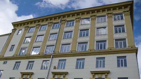 Девелопер поднял шлюз  / Самарский застройщик обосновывается в Москве
