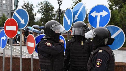 МВД предложили слиться / Полицейские не хотят объединяться с приставами и фельдъегерями