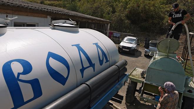 Крым напоят морем  / Правительство выделит 8 млрд руб. на опреснение