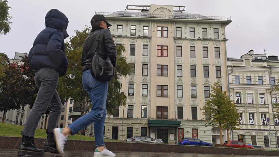 Здание на Поварской, вокруг которого возбуждены уголовные дела, оценивается в 6 млрд руб.