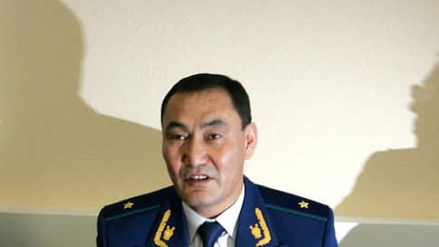 Генерал СКР хочет объясниться с чекистами / Михаил Музраев намерен дать развернутые показания по своему делу