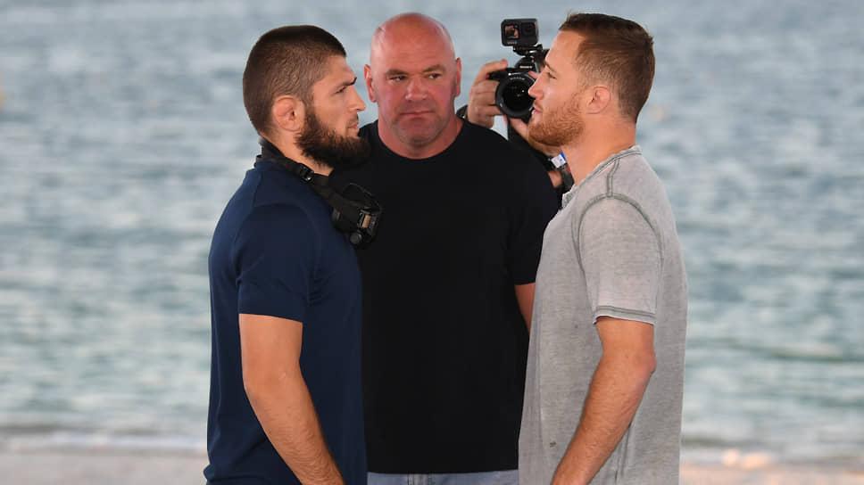 Президент UFC Дейна Уайт (в центре) не единственный, кто считает, что в лице Джастина Гейджи (справа) Хабиб Нурмагомедов получил очень опасного противника
