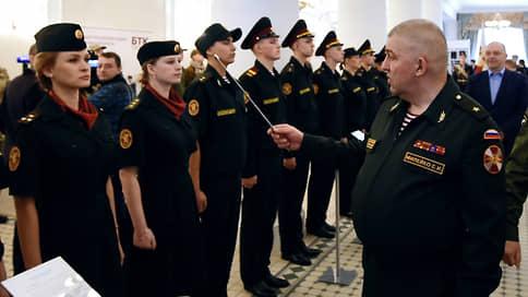 Генералам Росгвардии готовят посадки и отставки  / Первого заместителя Виктора Золотова попросили со службы