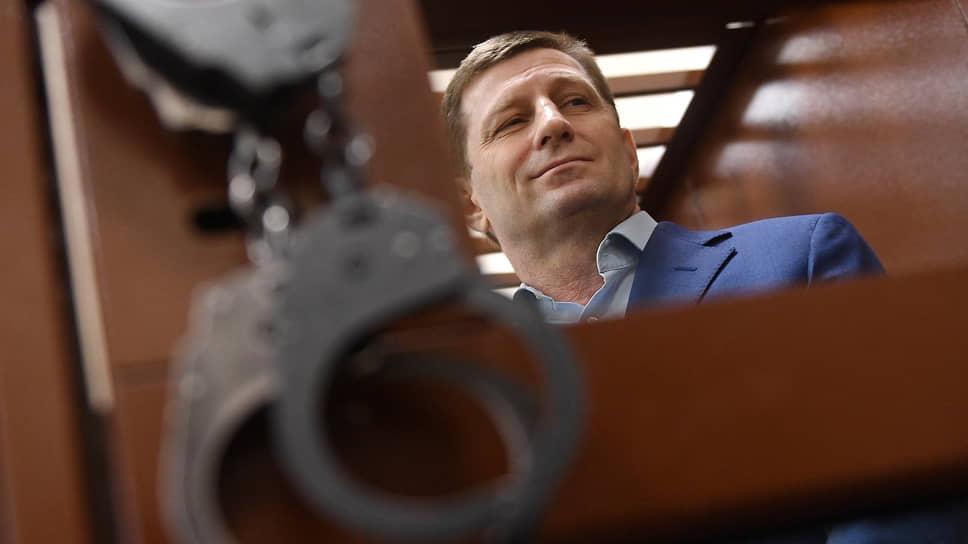 Защита Сергея Фургала рассчитывает, что постановление следствия, 16 лет назад решившего, что он непричастен к убийству предпринимателя, суд учтет и сейчас