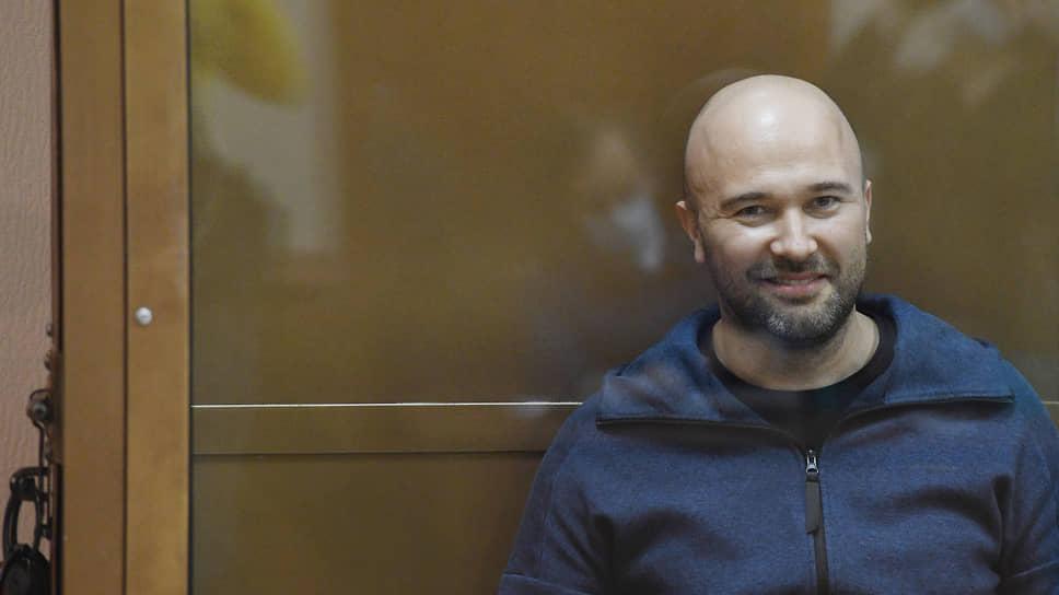 Дело Дмитрия Мазурова в России в суд еще не поступило, а на Британских Виргинских Островах он уже приговорен заочно к 18 месяцам лишения свободы