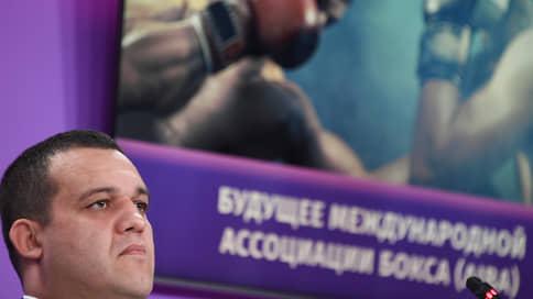 Умар Кремлев замахнулся на AIBA  / Он планирует возглавить мировой бокс в период кризиса