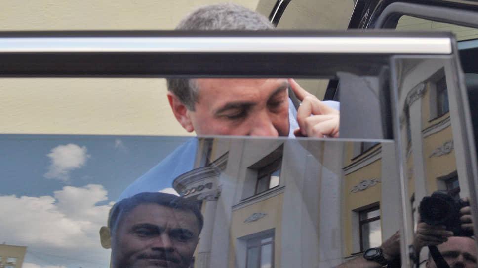 Топ-менеджеров компании Евгения Гинера заподозрили в миллиардных махинациях