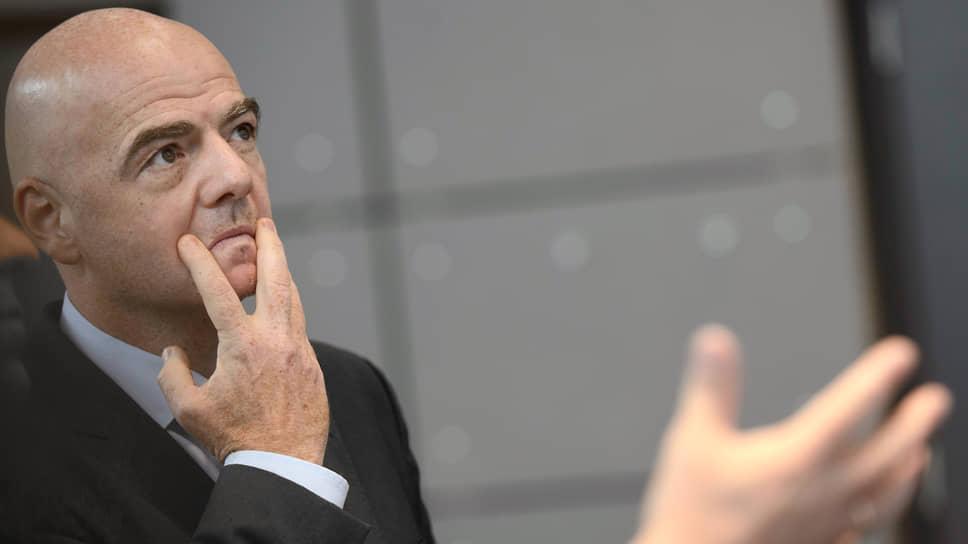 Президент FIFA нарушил правила олимпийского движения