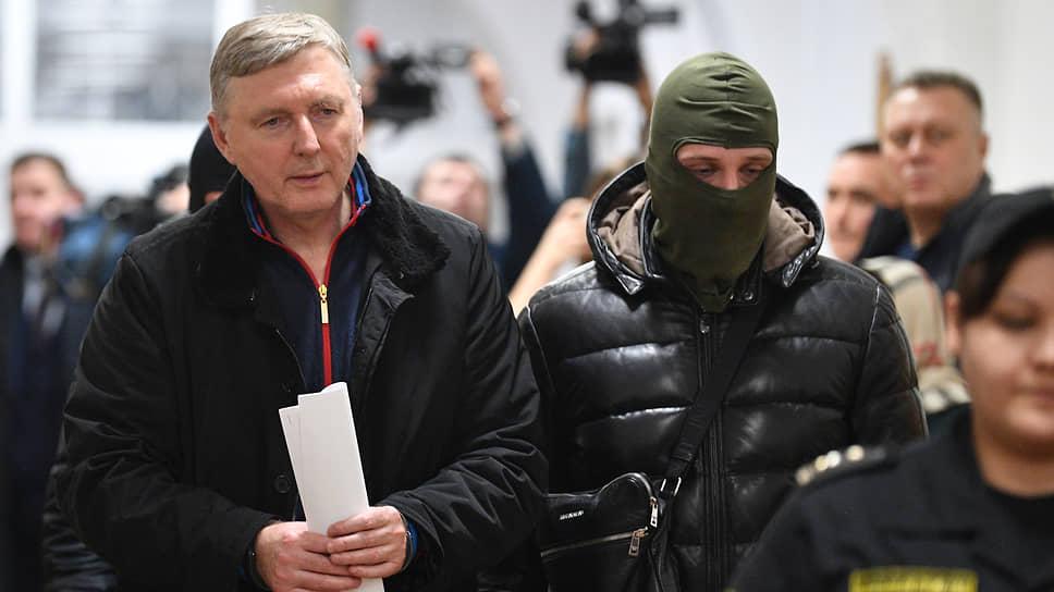 Генерал ФТС Александр Кизлык считает, что в эпизодах, которые легли в основу уголовного дела, он действовал в рамках закона