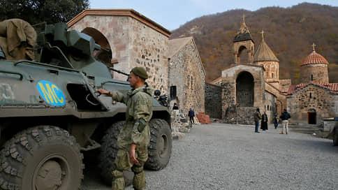 Война не уходит одна  / Пока Азербайджан готовится занять новые территории, в Армении разгорается политический кризис