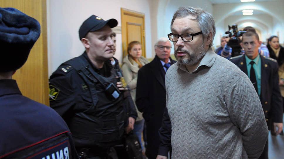 Бывший владелец ООО «Мой банк» и экс-сенатор от Воронежской области Глеб Фетисов