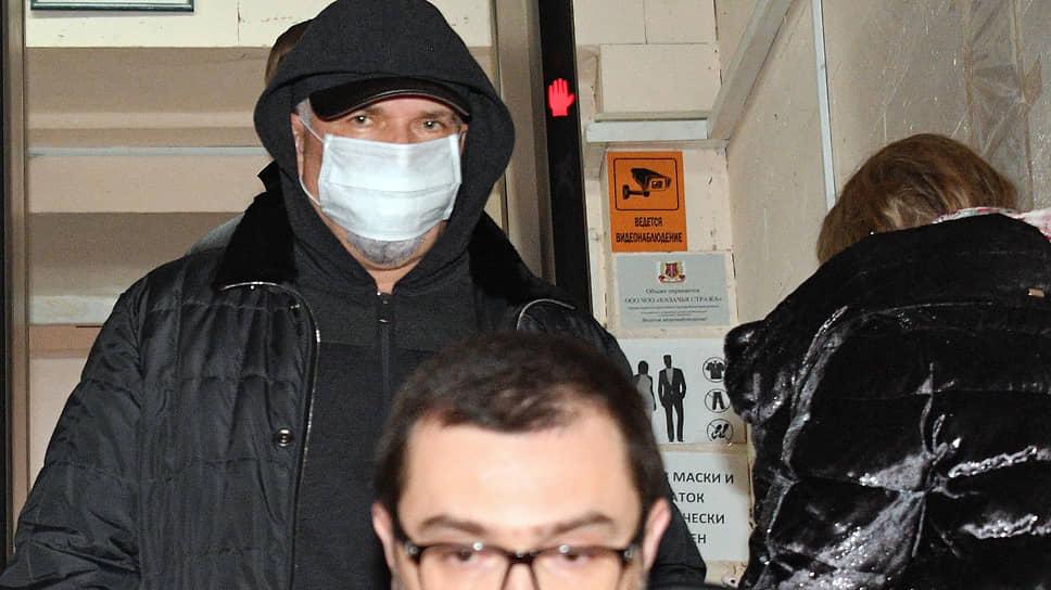Басманный суд вернул Михаила Меня домой