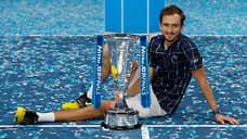 Даниил Медведев обошел первую тройку  / Он стал вторым россиянином, выигравшим итоговый турнир ATP