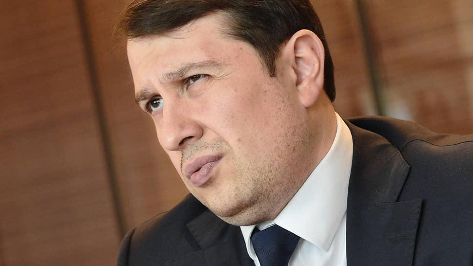 Замглавы Минэкономики Илья Торосов предлагает снять избыточные ограничения на buyback, приведя российские нормы к мировой практике