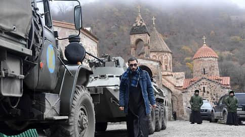 """«Ребят наших здесь много погибло, очень много» / """"Ъ"""" побывал на новой границе Нагорно-Карабахской республики"""