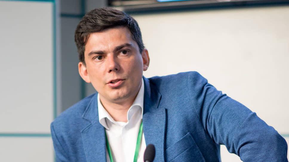 Глава Ассоциации по защите авторских прав в интернете Максим Рябыко о пиратстве в сфере электронных книг в России